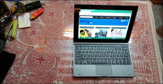 Designwise The 10 inch Canvas Laptab hybrid is small , handy and ultra portable netbook cum tablet